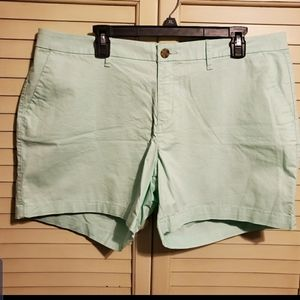 NWT OLD NAVY SIZE 16 SHORTS